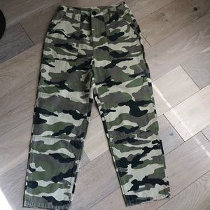 H&M Army Green Cargo pants